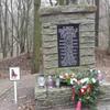 Photo: Pomnik